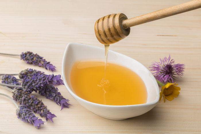 Miód jest uważany za lekarstwo dla ciała iduszy.