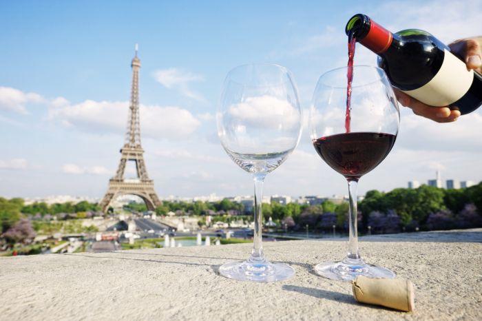 Francuzi znani są ze swojej miłości do czerwonego wina