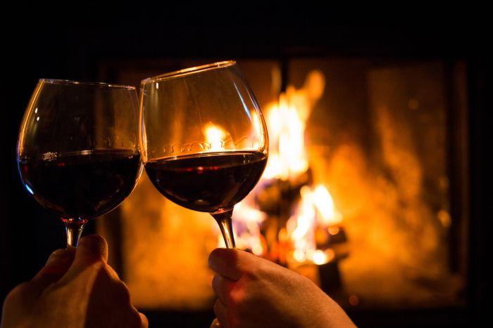 Istnieją dane wskazujące na wpływ czerwonego wina wzapobieganiu chorobie wieńcowej serca