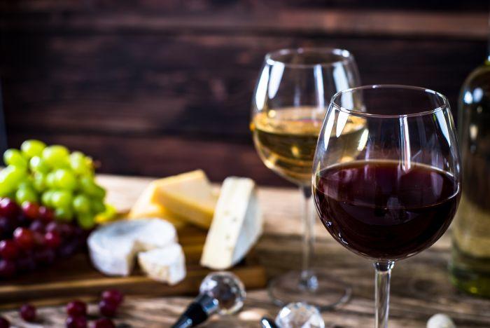 Wyższe spożycie czerwonego wina to niższa zapadalność na chorobę wieńcową