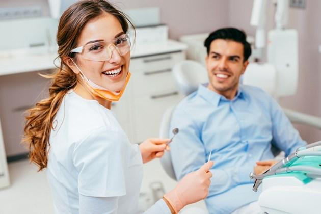 Lekarze dentyści
